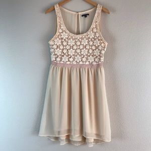 American Eagle Blush Floral Ruffle Dress Medium